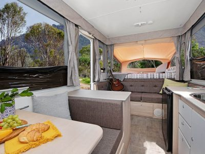 """""""LILY"""" – Jayco Swan Outback"""